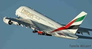 avion emirates exterieur